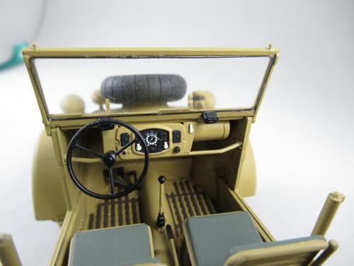 kubelwagen_type82_035.jpg