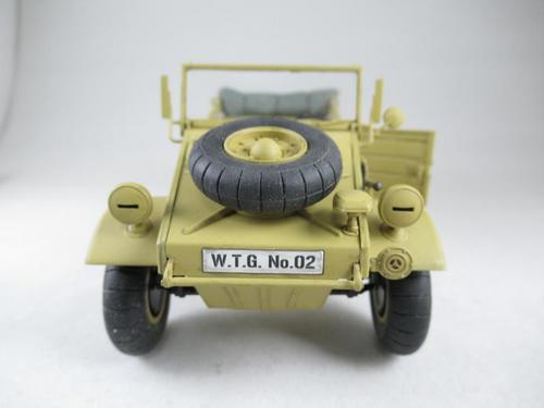 kubelwagen_type82_044.jpg
